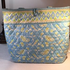 Americana by Sharif tote in great condition!